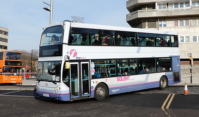 First Solent 32757 - WA54OLP - Southampton (Central station)