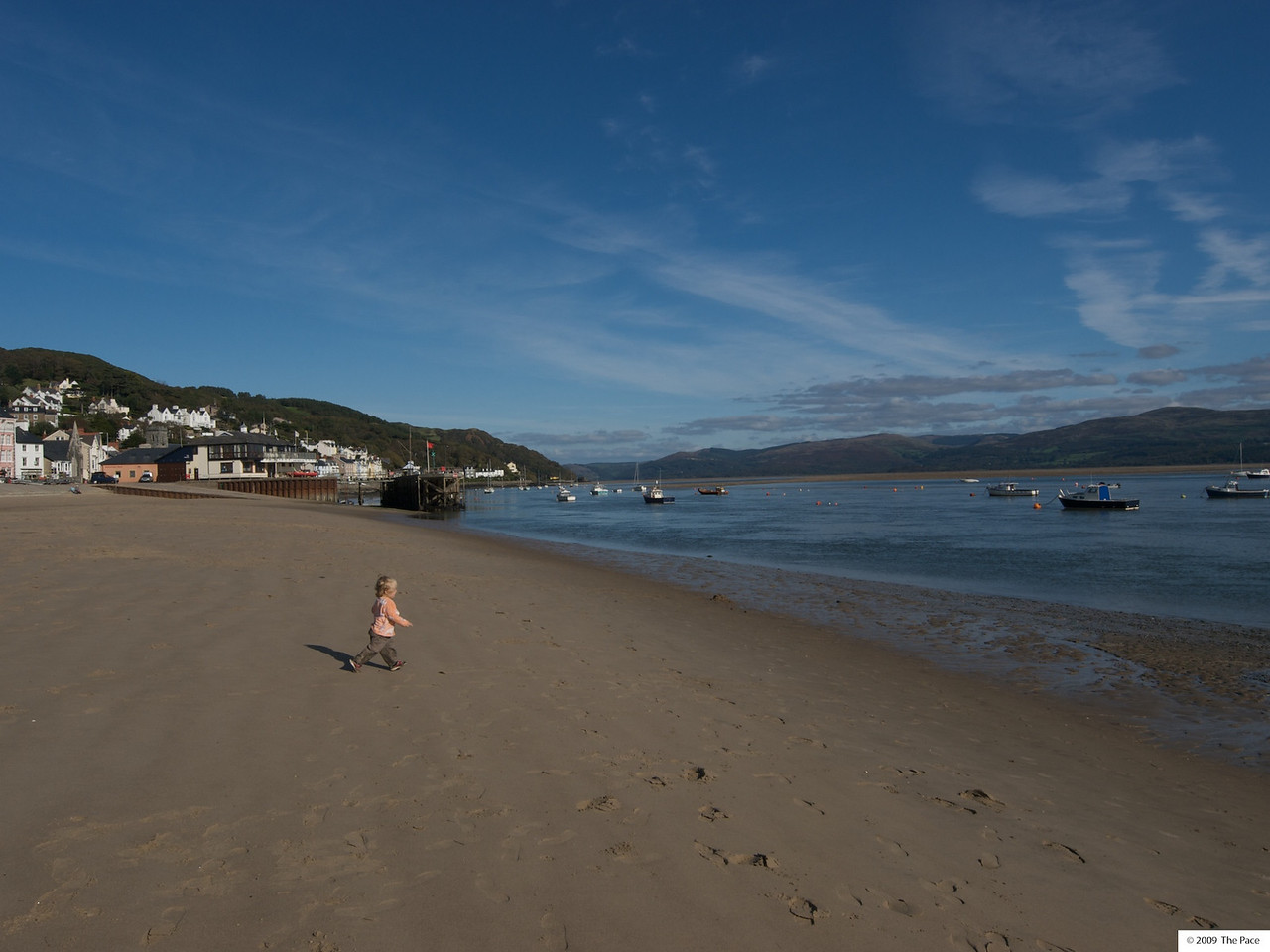 Monday 11th Oct  2009 - See it isn't always raining in wales, this is Aberdovey in October.