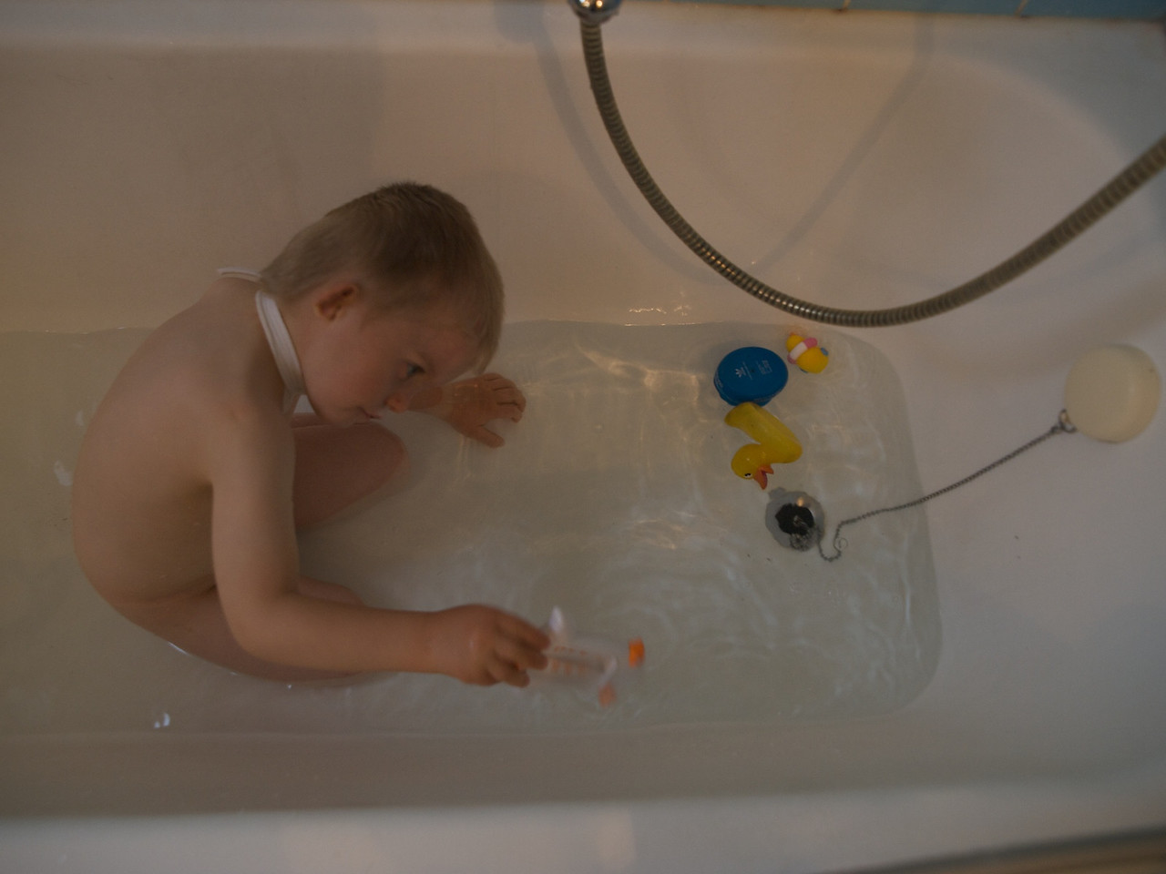 Sunday 19th July 2009 - Cai loves being in the bath and now wants one every day!