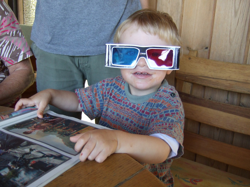 Sunday 15th August 2010 - Luc looks at life in 3D