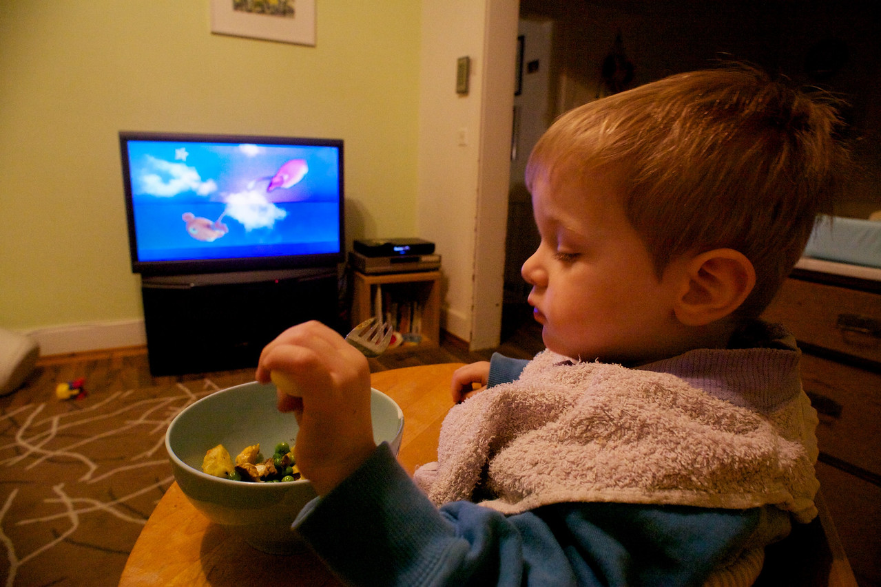 Sunday 19th December 2010 - Don't tell his mum, but as she was out I treated myself to steak egg chips and peas, after eating in peace while Luc and Cai watched TV I brought Luc's food up and let him eat in front of the TV as a treat