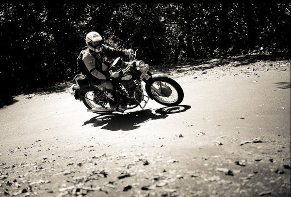 Enduro India - Heres a picture of me for a change taken during me two week trip in Enduro India