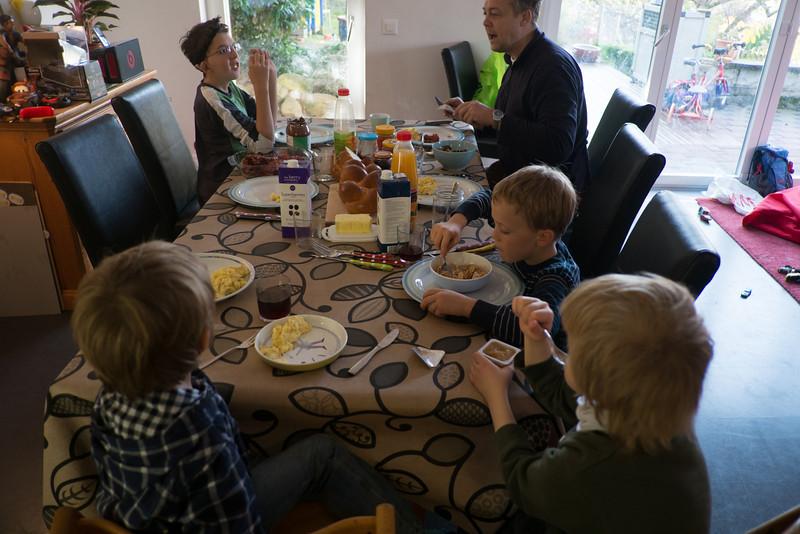 Sunday 4th November - Visitors hmmm lets make a Brunch