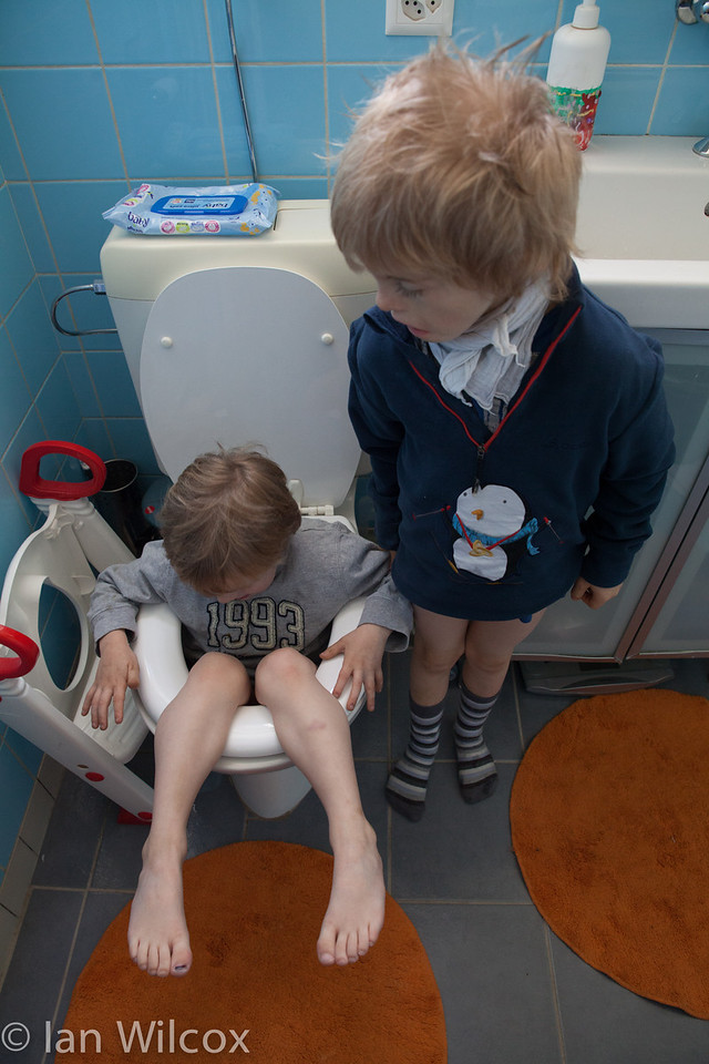Sunday 21st October - Luc gets stuck down the toilet, Cai does little to help