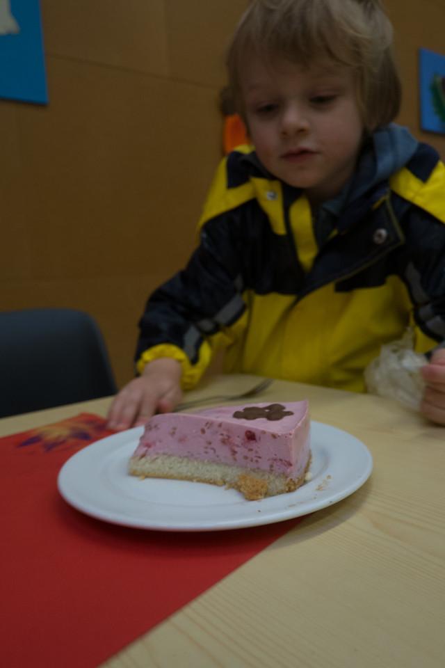 11th November - Cake Yummy