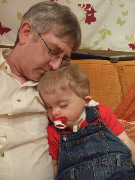 Monday 14th Jan 2008 - Cai shows his dad how to sleep