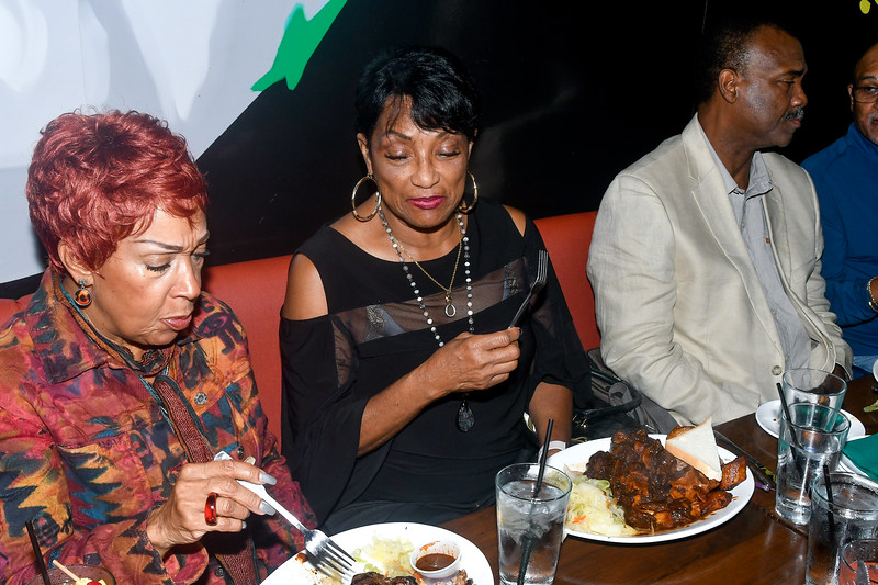 Ronnie, Debra and Eloise Laws