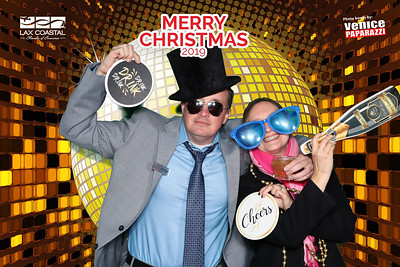 LAX Coastal Chamber of Commerce's Holiday Mixer.  Photo booth by Venice Paparazzi