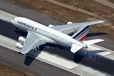Air France Airbus A380-861 F-HPJC 5-17-16 2