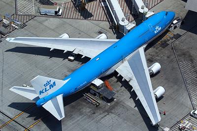 KLM Royal Dutch Airlines Boeing 747-406 PH-BFB 5-17-16