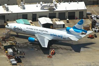 McDonnell Douglas DC-10-10 N220AU 5-17-16 2