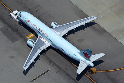Air Canada Airbus A320-211 C-FKCO 5-17-16