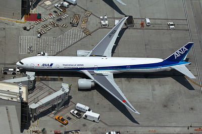 All Nippon Airways Boeing 777-381(ER) JA782A 5-17-16