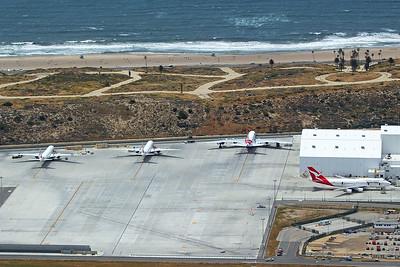 Qantas Boeing 747-438ER 4-25-17