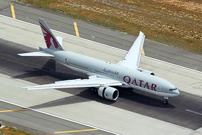 Qatar Airways Boeing 777-2DZLR A7-BBF 4-25-17