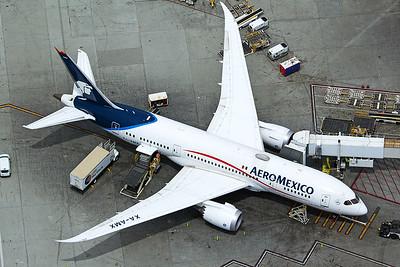 Aeroméxico Boeing 787-8 XA-AMX 4-25-17 2