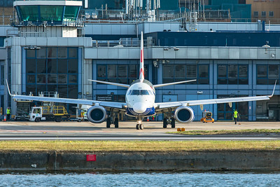 BA CityFlyer Embraer ERJ-190-100SR G-LCAA 8-30-19