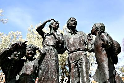 Pioneer Family, Tabernacle Square, Logan, Utah