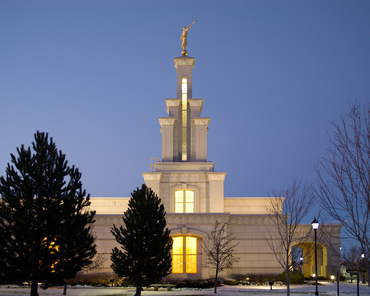 ColumbiaRiverTempleTwilight01