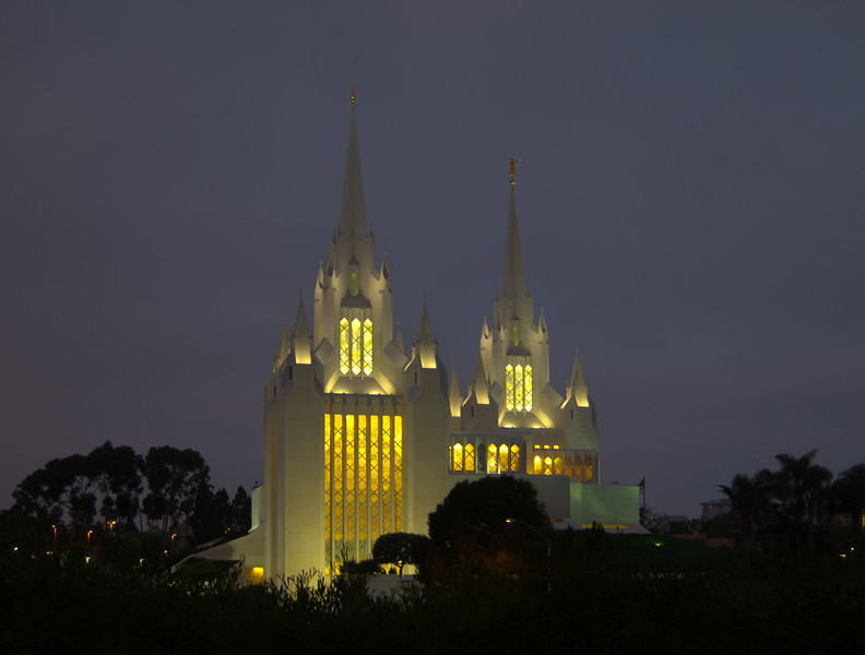 SanDiegoTempleTwilight18