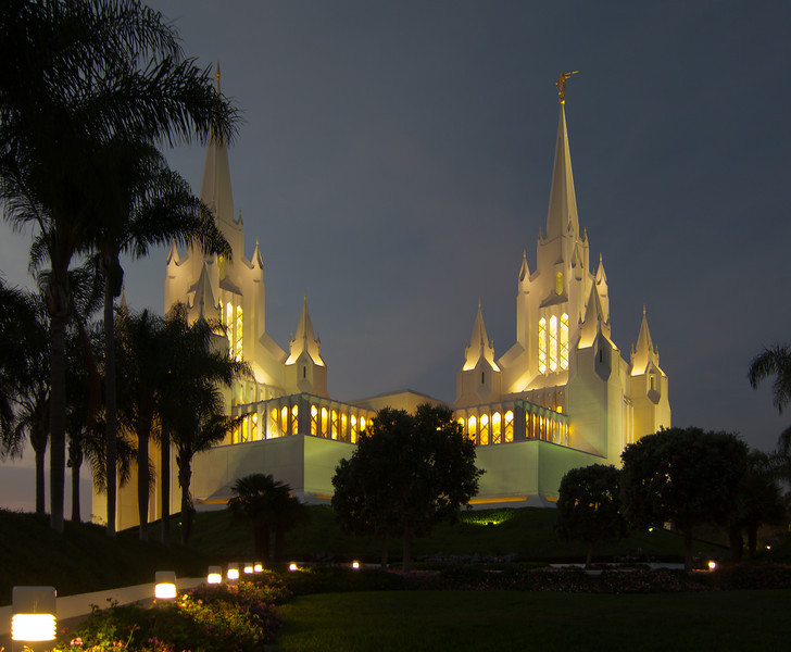 SanDiegoTempleTwilight31