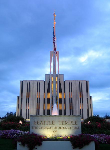 SeattleTemple02