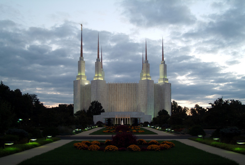 WashingtonDCTemple01
