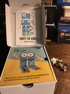 2018-06-29 Marty the Robot by Robotical unbox-16_heic