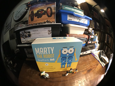 2018-06-29 Marty the Robot by Robotical unbox-35_heic