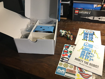 2018-06-29 Marty the Robot by Robotical unbox-29_heic