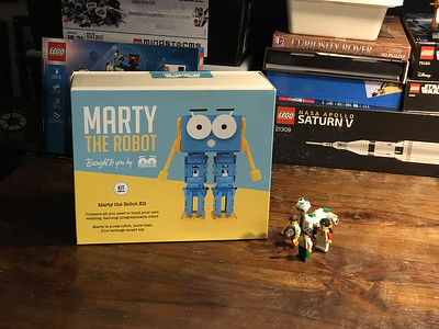 2018-06-29 Marty the Robot by Robotical unbox-11_heic