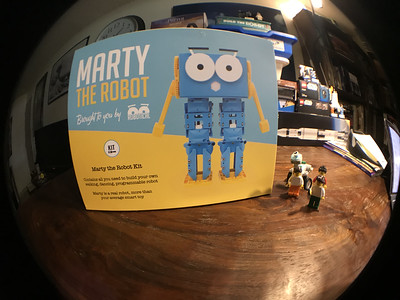 2018-06-29 Marty the Robot by Robotical unbox-05_heic