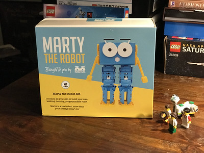 2018-06-29 Marty the Robot by Robotical unbox-10_heic