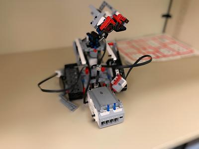 2019-03-27 LEGO Wall_EV3 broke-2