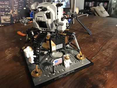 2019-06-08 LEGO Apollo Lunar Lander Build-14_heic