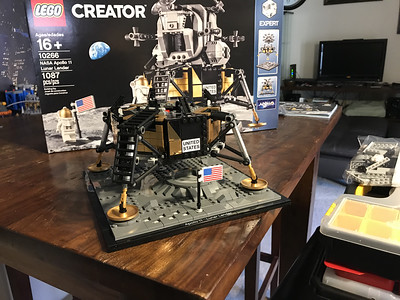 2019-06-08 LEGO Apollo Lunar Lander Build-07_heic