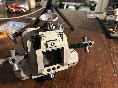 2019-06-08 LEGO Apollo Lunar Lander Build-13_heic