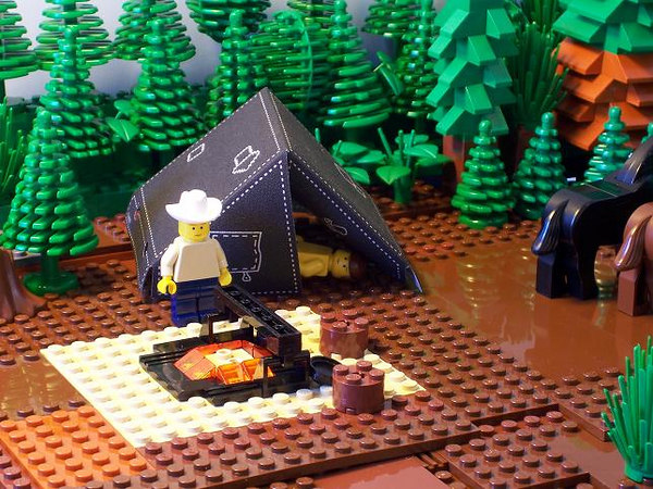 Many people don't get this photo.  I've seen the movie three times but it's been over two months since the last time.  This was supposed to be the scene right before their second intimate encounter where Jack is waiting for Ennis to join him in the tent.