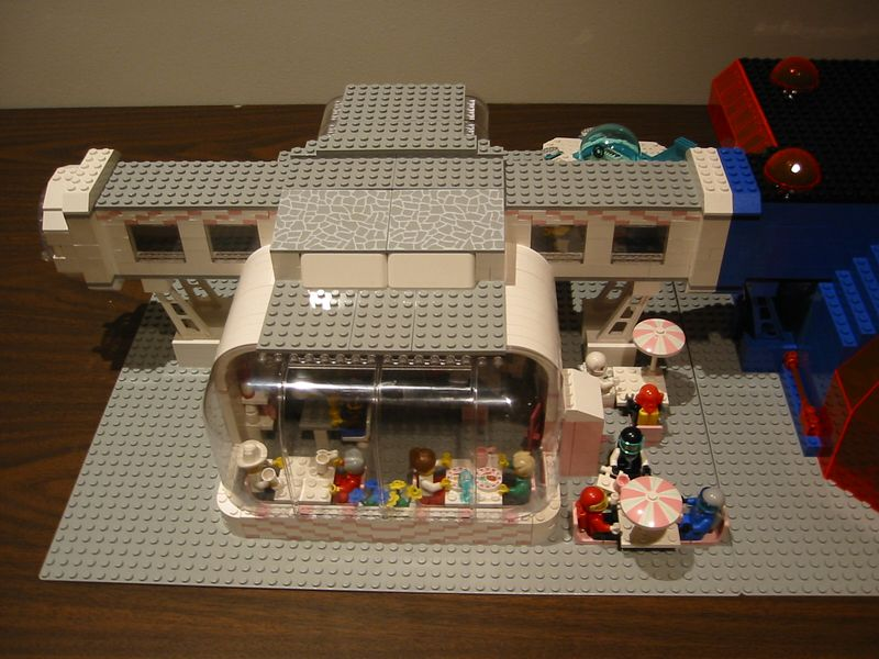 Moonbase Paradisa is my contribution to the Lego Community.  A Moonbase is a building built with regulation airlocks that can be connected to any other Moonbase.  This is Version 1.0 and was displayed at NWBrickCon 2002.