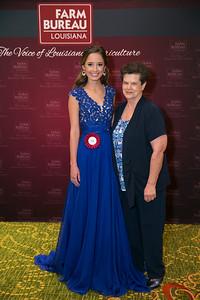Queens Contest contestant Jenna Rose Oubre of Lafayette Parish with Lafayette Farm Bureau Parish President Linda Duhon.