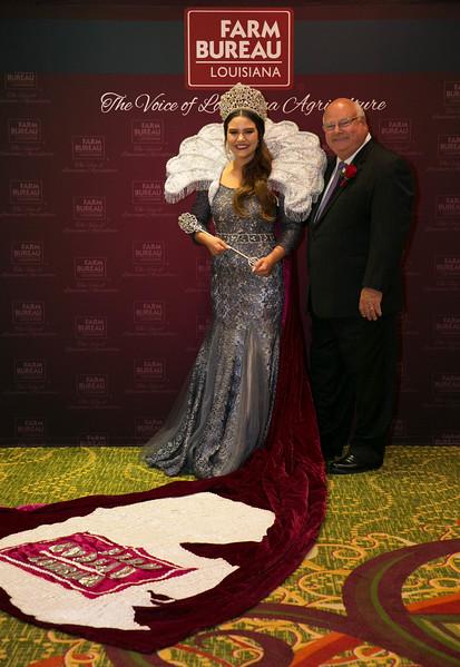 2016 Louisiana Farm Bureau Queen Yimmi Fontenot of Jeff Davis Parish with Louisiana Farm Bureau President Ronnie Anderson.