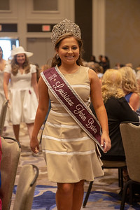 Reigning Louisiana Farm Bureau Queen Miss. Caroline hardy of Jefferson Davis Parish at the Women's Brunch.