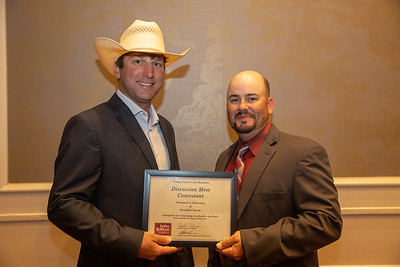 2019 Louisiana Farm Bureau Young Farmers and Rancher Discussion Meet contestant Aaron Lee of Vermillion Parish receives his recognition certificate from Louisiana Farm Bureau Young Farmers and Ranchers state chair Matt Gravois at the 97th Annual Convention of the Louisiana Farm Bureau Federation in New Orleans.