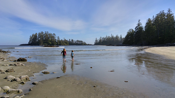 On the beach in Tofino, BC | Photos from Vancouver Island and LG G4 Review