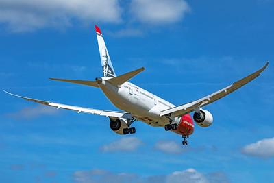 Norwegian Air UK Boeing 787-9 Dreamliner G-CKWB 9-8-19