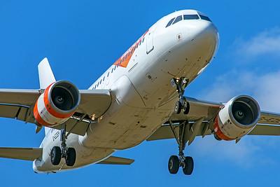 easyJet Airbus A319-111 G-EZEH 9-8-19