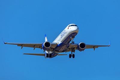 Belavia Embraer ERJ-190-200 LR EW-513PO 9-8-19