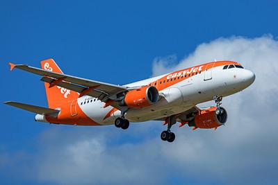 easyJet Airbus A319-111 G-EZAC 9-8-19