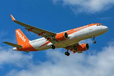 easyJet Airbus A320-214 G-EZRV 9-8-19