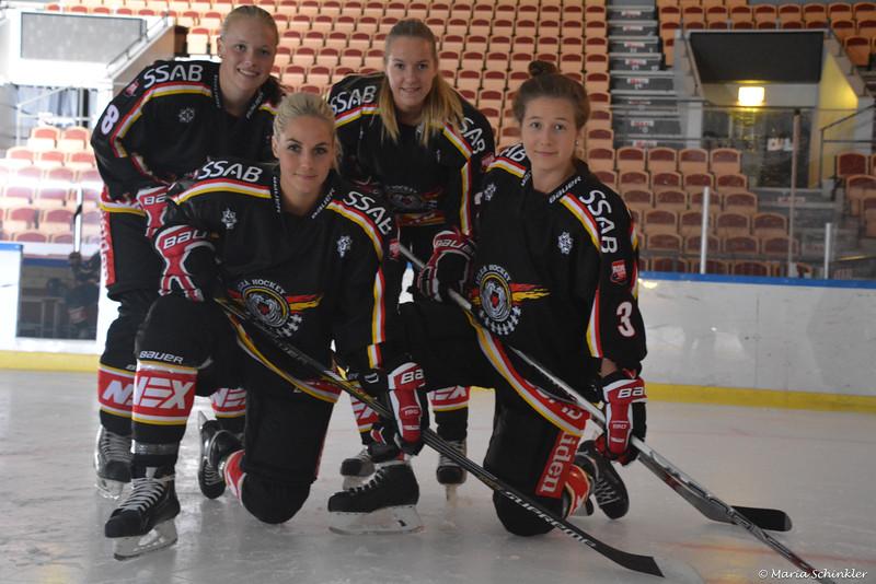 #8 Emma Eriksson #26 Ellen Palage #2 Jessica Wellborg #3 Josefine Åström